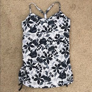 Aerie fit Y-back tank top floral